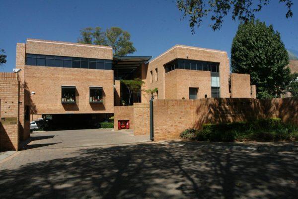 Glenhove Events building 2